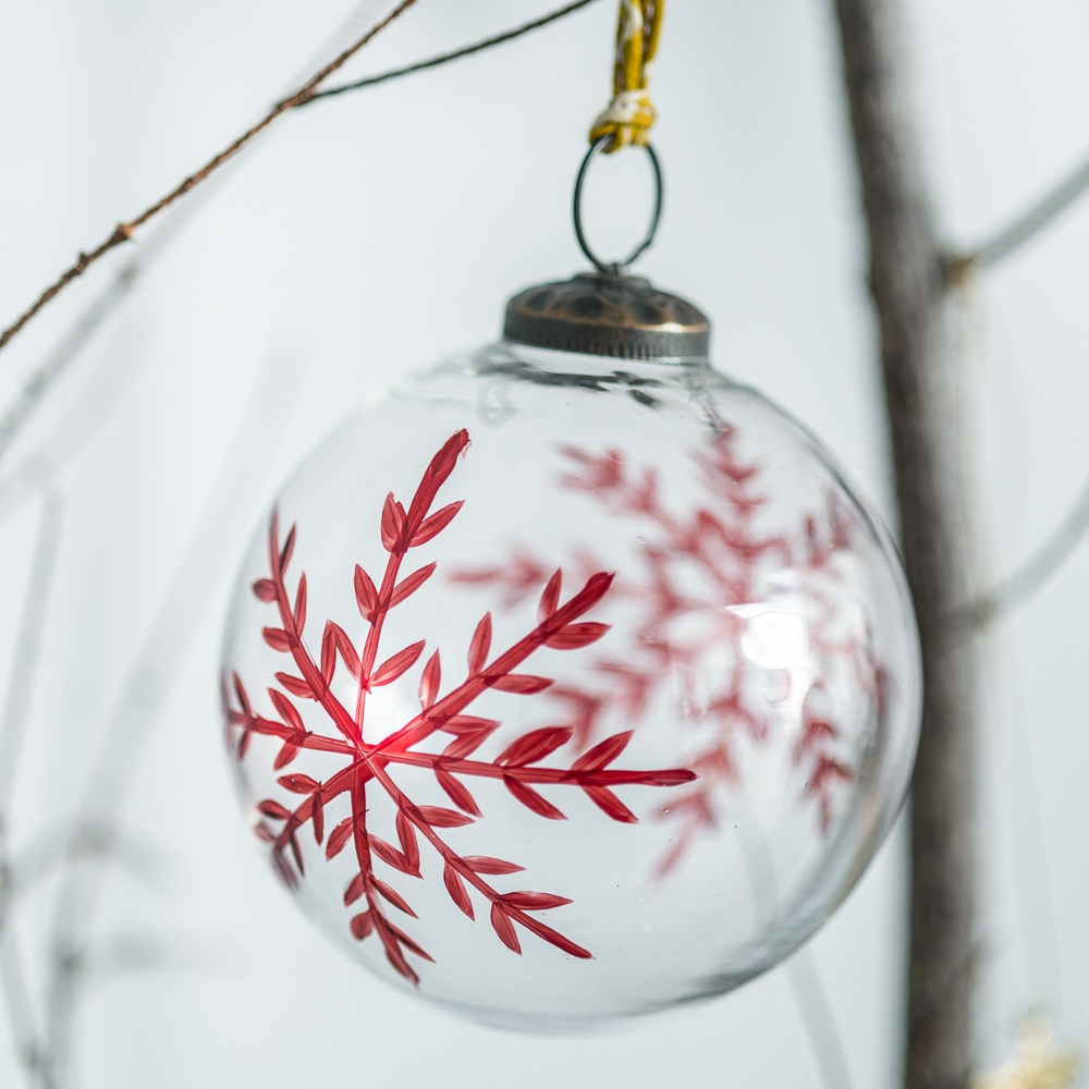 A Set Of 3 Clear Glass Snowflake Baubles
