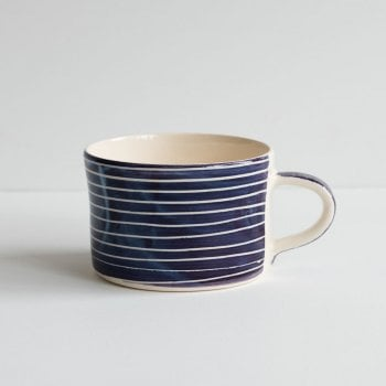 Musango Mug Sgrafitto Stripe Grape